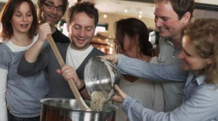 Leer zelf bier brouwen! De Biertafel organiseert regelmatig workshops bierbrouwen.